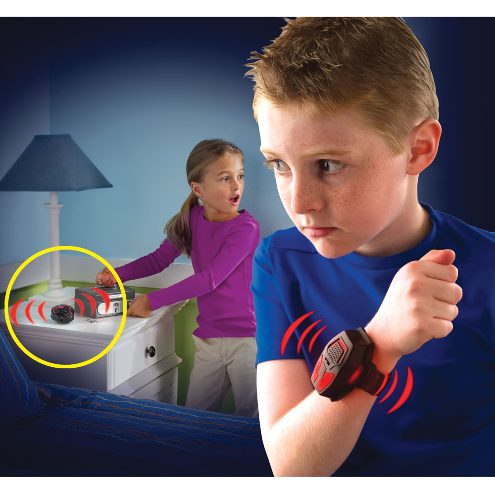 Hammacher Schlemmer Stay Out of My Room Alarm